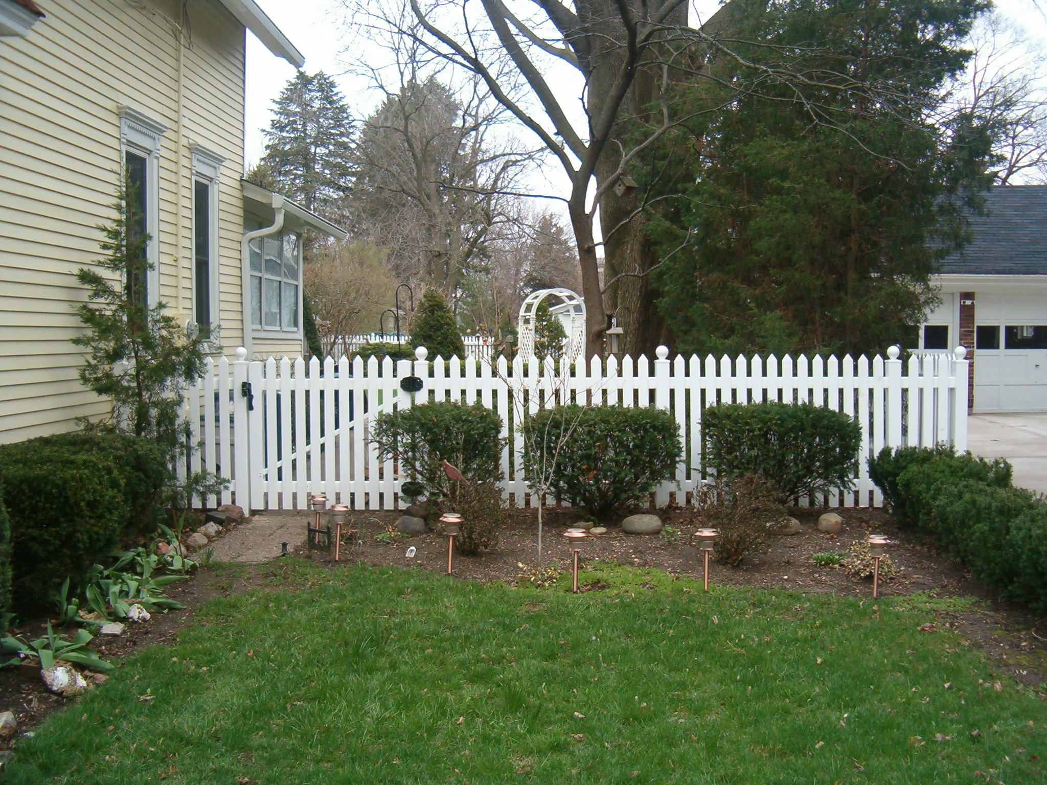 pvc fences are strong and durable pvc vinyl is used in the building industry for a variety of purposes that include windows siding decks